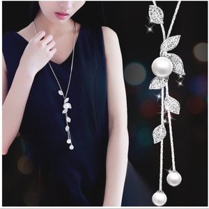 Simulated Pearl Lariat Necklace